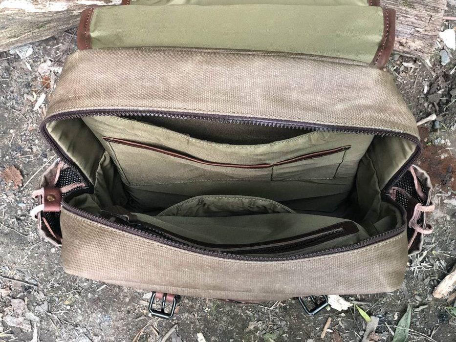 Inside of the Dakota Commuter bag