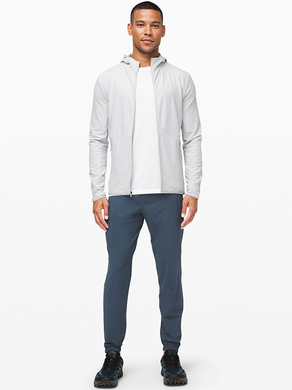 athleisure outfit men