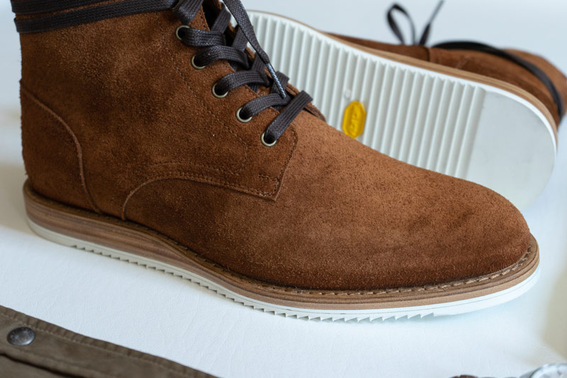 Oliver Cabell Prairie Roughout boot closeup